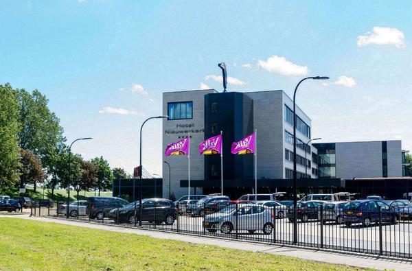 Van der Valk Hotel Rotterdam / Nieuwerkerk