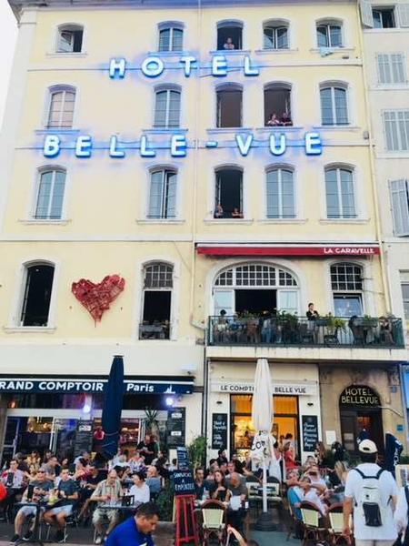 Hotel Belle Vue
